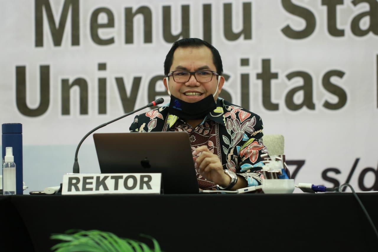 Menuju Layanan Standar Universitas Ranking Dunia, Rektor Paparkan Visi Misi