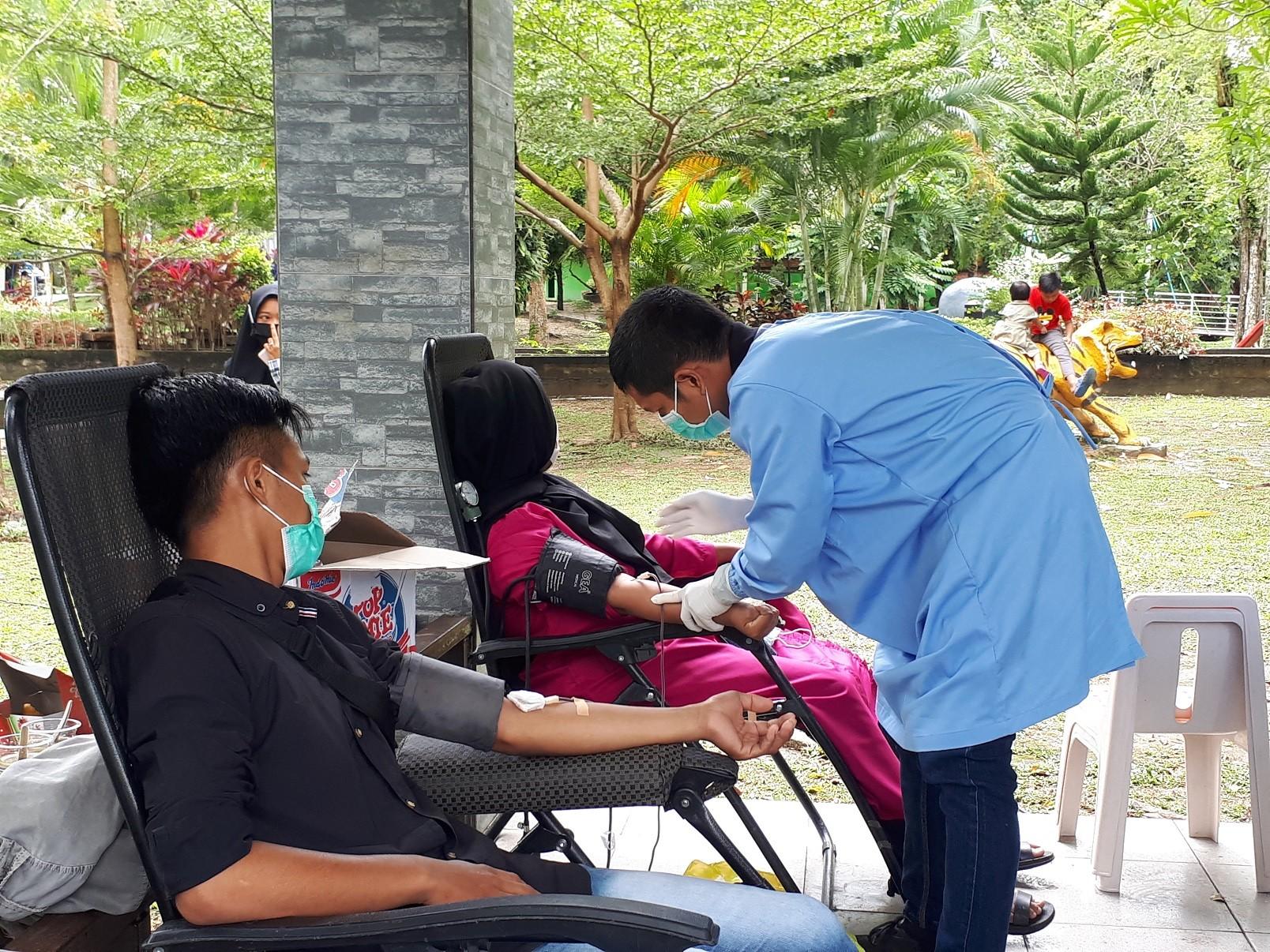 Wujud Solidaritas kemanusiaan, UKK KSR PMI Gelar Donor Darah I