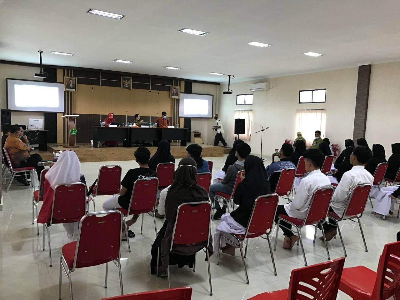 Sosialisasi di MAN IC Gorontalo, UIN Jambi Berikan Beasiswa Bagi Siswa Berprestasi