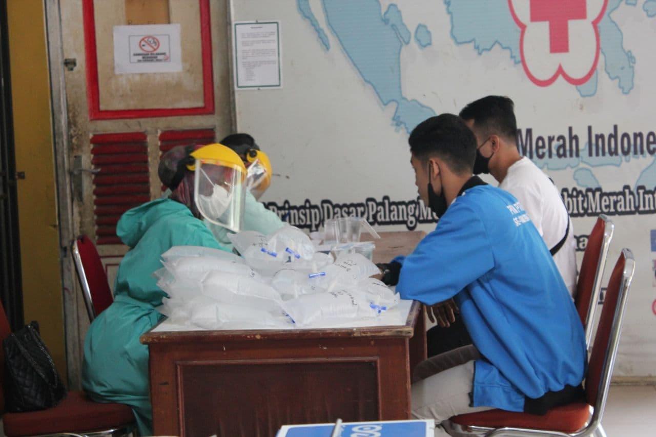 Jalani Tes GeNose C19, Kontingen UIN Jambi Siap Bertanding di PKM II Se-Sumatera