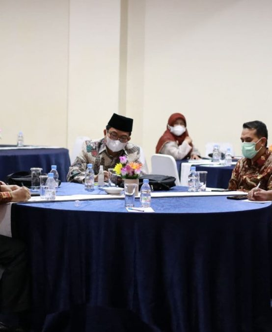 Rektor Hadiri FGD Rektor PTKIN Se-Sumatera