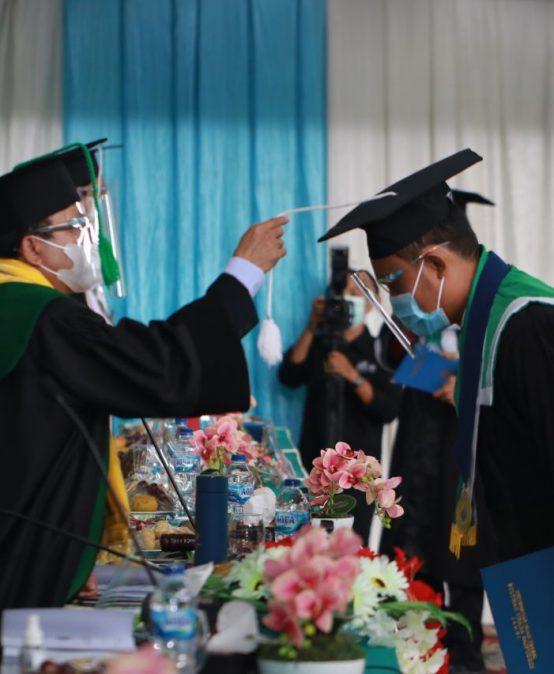 Luluskan 1.274 Wisudawan Siap Bersaing di Era Revolusi Industri 4.0
